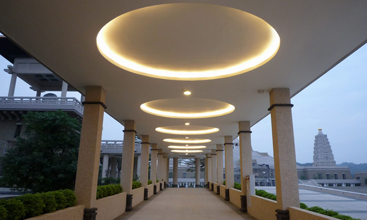 Coveline Wet Solid State Luminaires Exterior Plug N Play
